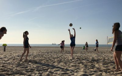 Monza MA traint on the beach