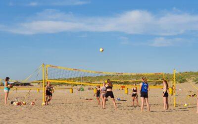 Training van internationale beachvolleyballers van TeamNL