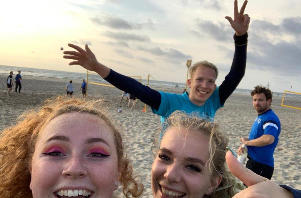 Aanmelden voor training beachvolleybal